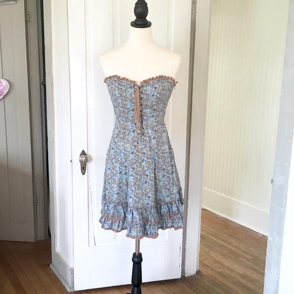 258c3a7961 Betsey Johnson Dresses   Skirts - Betsey Johnson Floral Corset Dress.